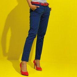 AQ060 - Pantalon chino en coton coupe classique femme