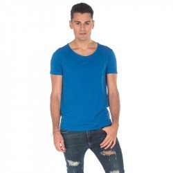 T103 - Men scoop neck tee 120